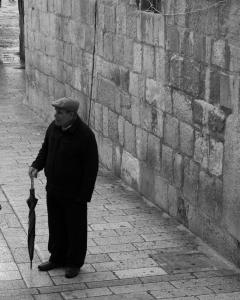 man w umbrella - 20150312-_JBB5546